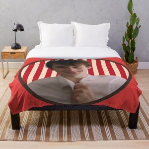 Wilbur Soot in a circle | Dream SMP | Your new boyfriend Throw Blanket RB2605 product Offical Wilbur Soot Merch